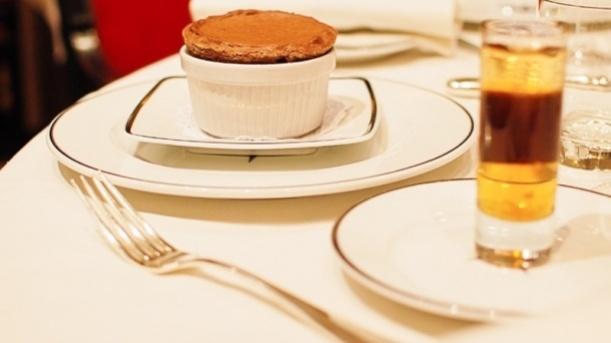 Un déssert que je vous propose: Le soufflé Chaud au chocolat / A sweet hot chocolate soufflé!